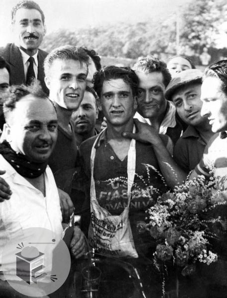 [Immagine: Giro-ditalia-1946-tappa-Roma-perugia.jpg]